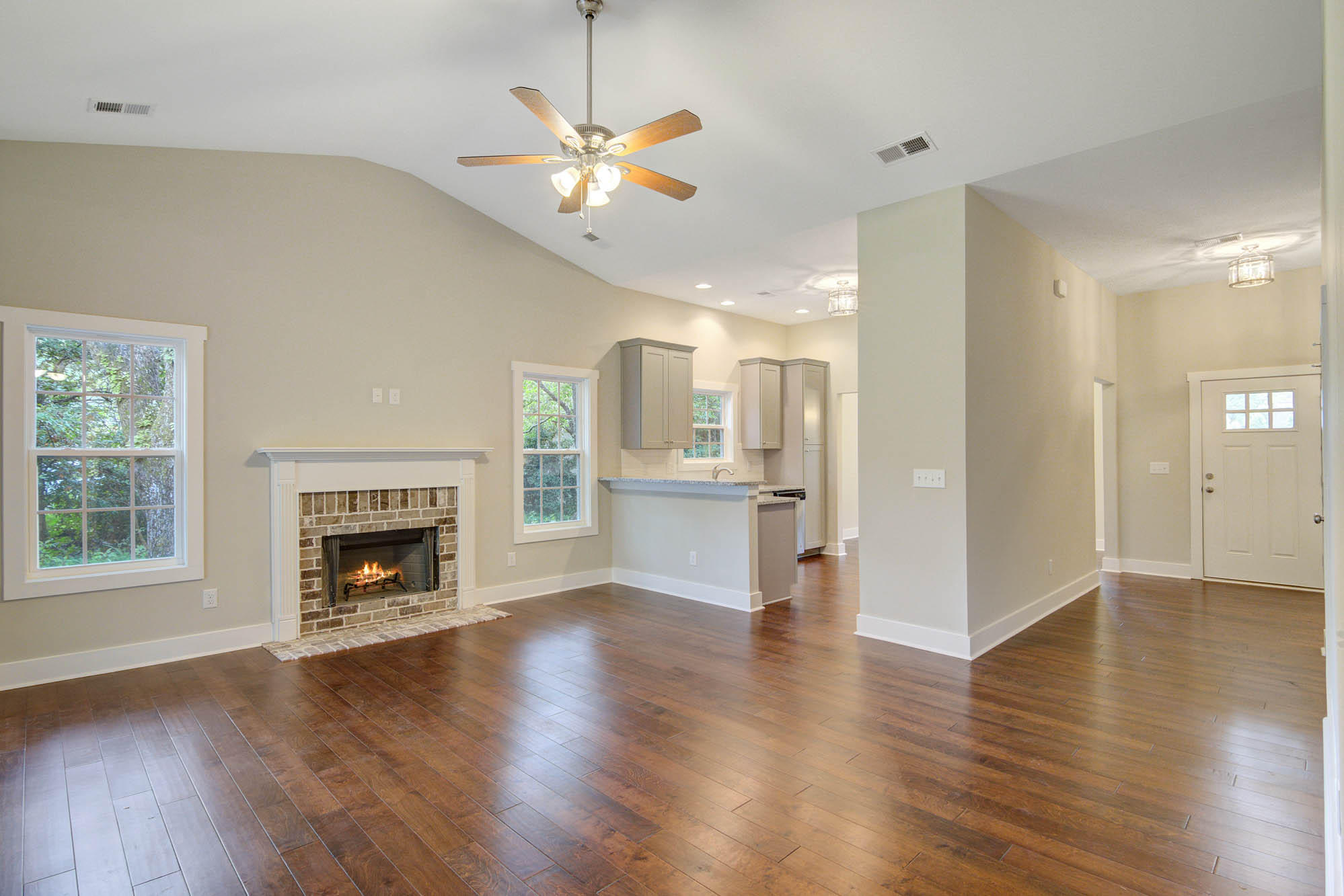 2024 Woodland Shores Road Charleston, SC 29412