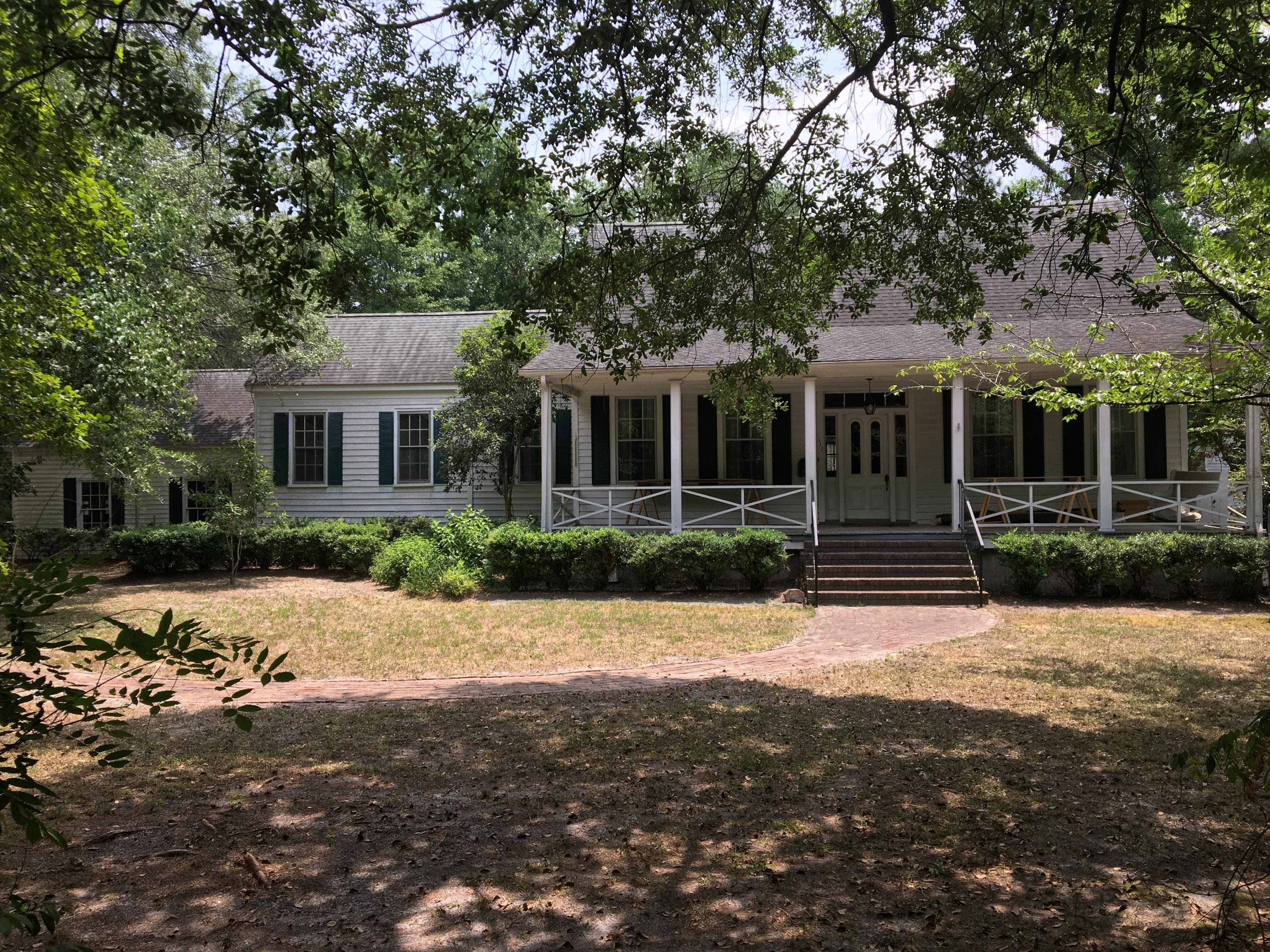111 E Carolina Avenue Summerville, SC 29483