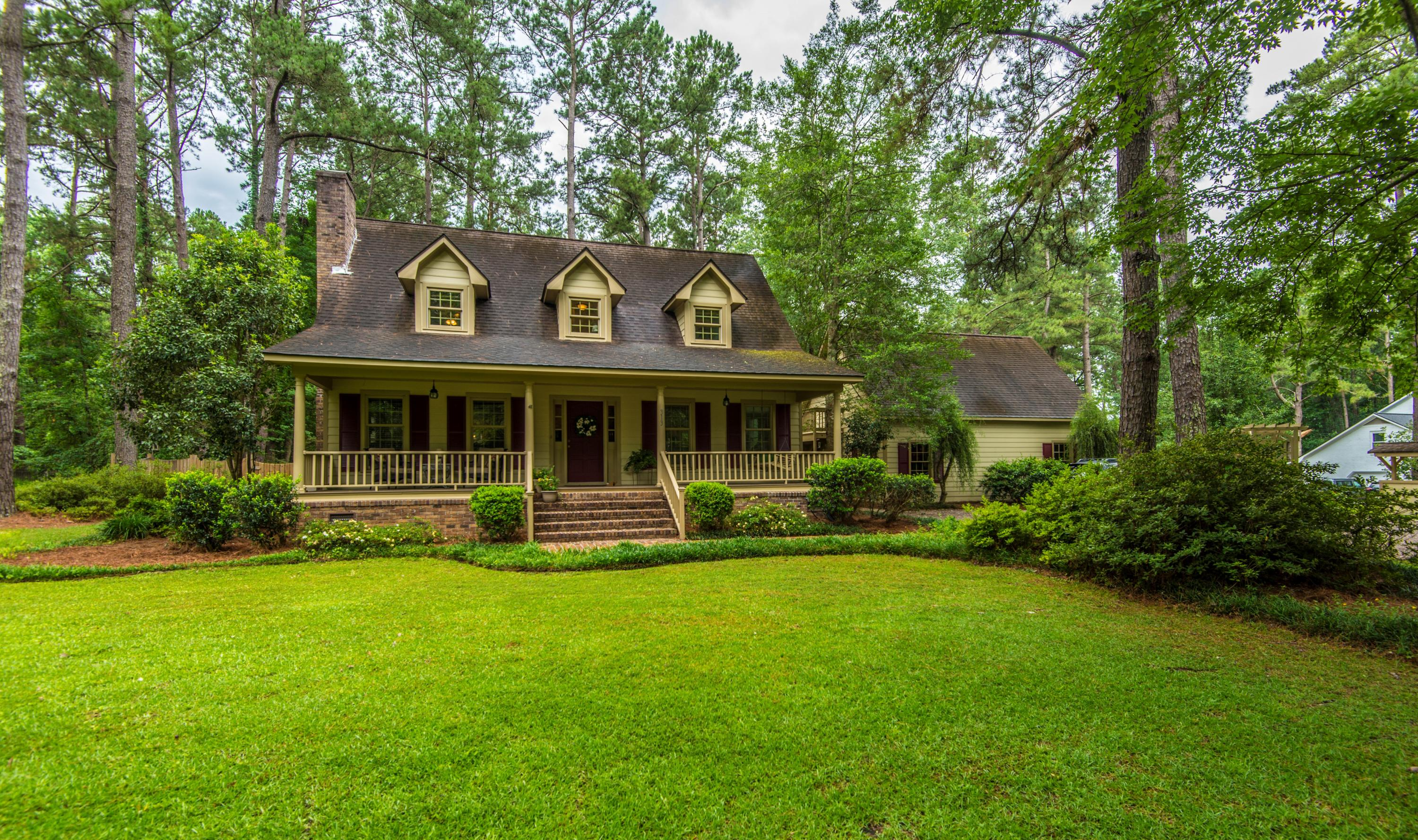 313 Huntington Road Summerville, SC 29483