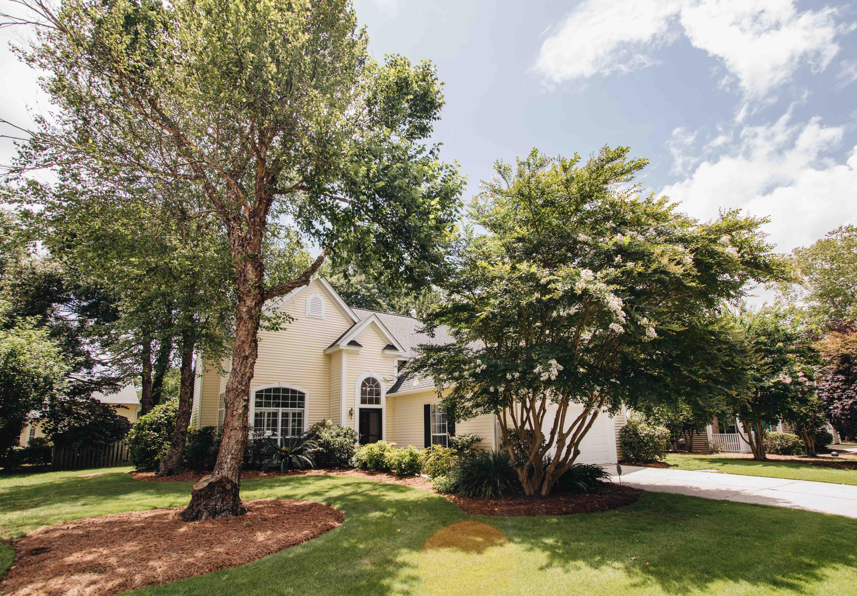 549 Pritchards Point Drive Mount Pleasant, SC 29464