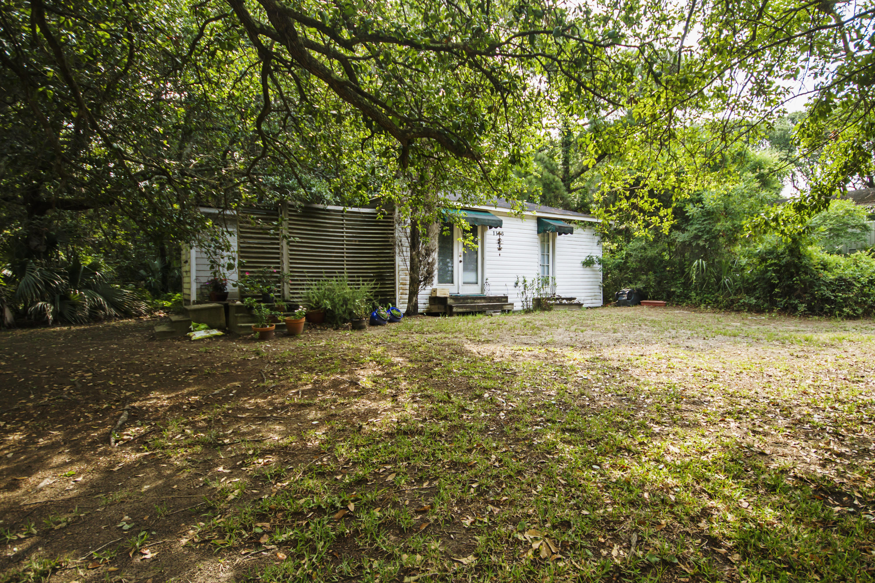 1106 E Ashley Avenue Folly Beach, SC 29439