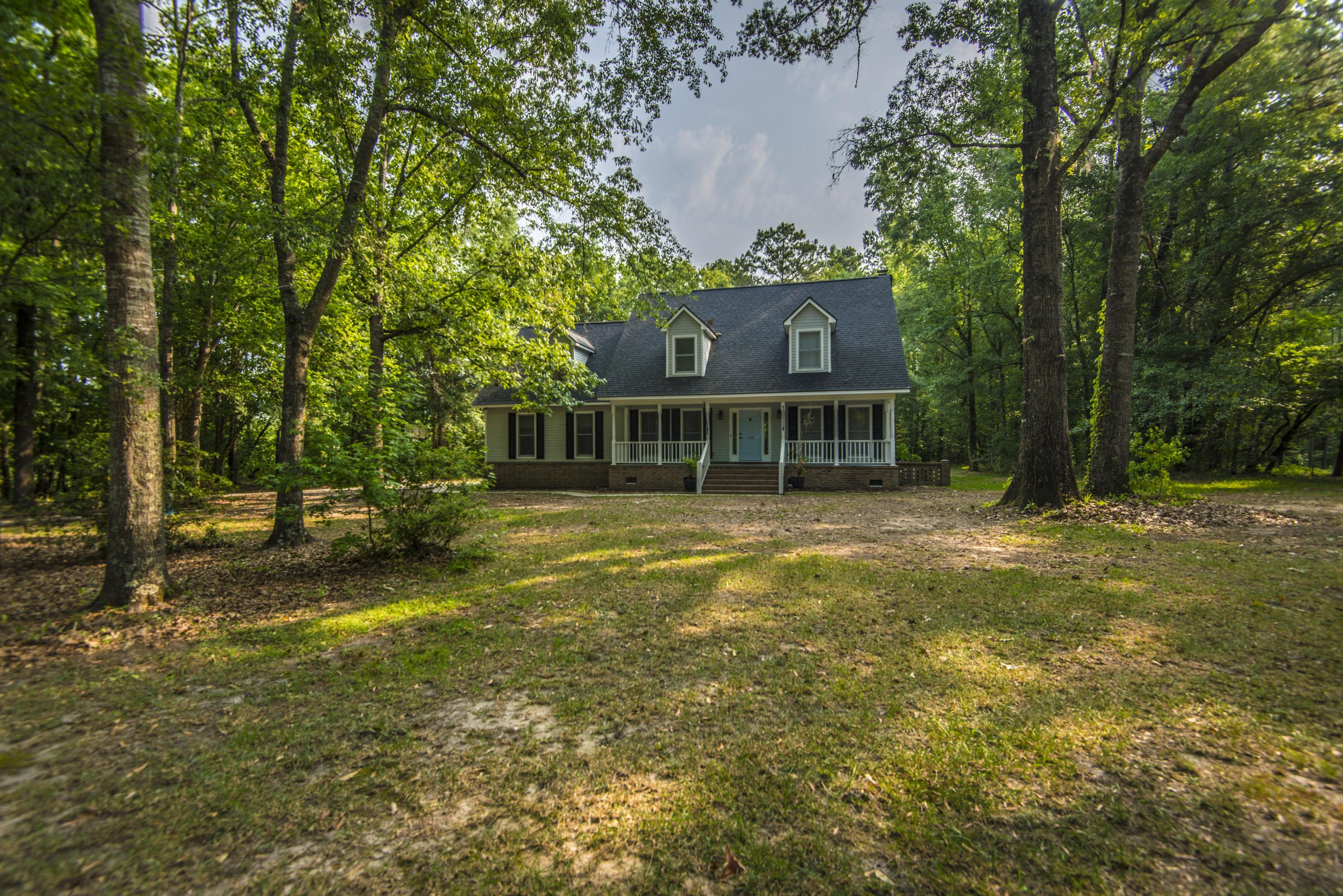 156 Virginia Avenue Ridgeville, SC 29472