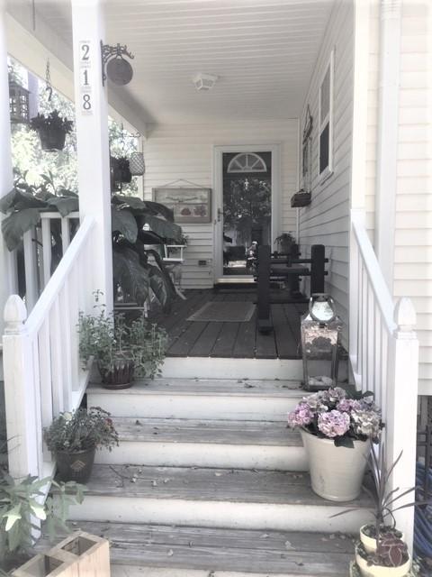 218 Lipman Street Summerville, SC 29483