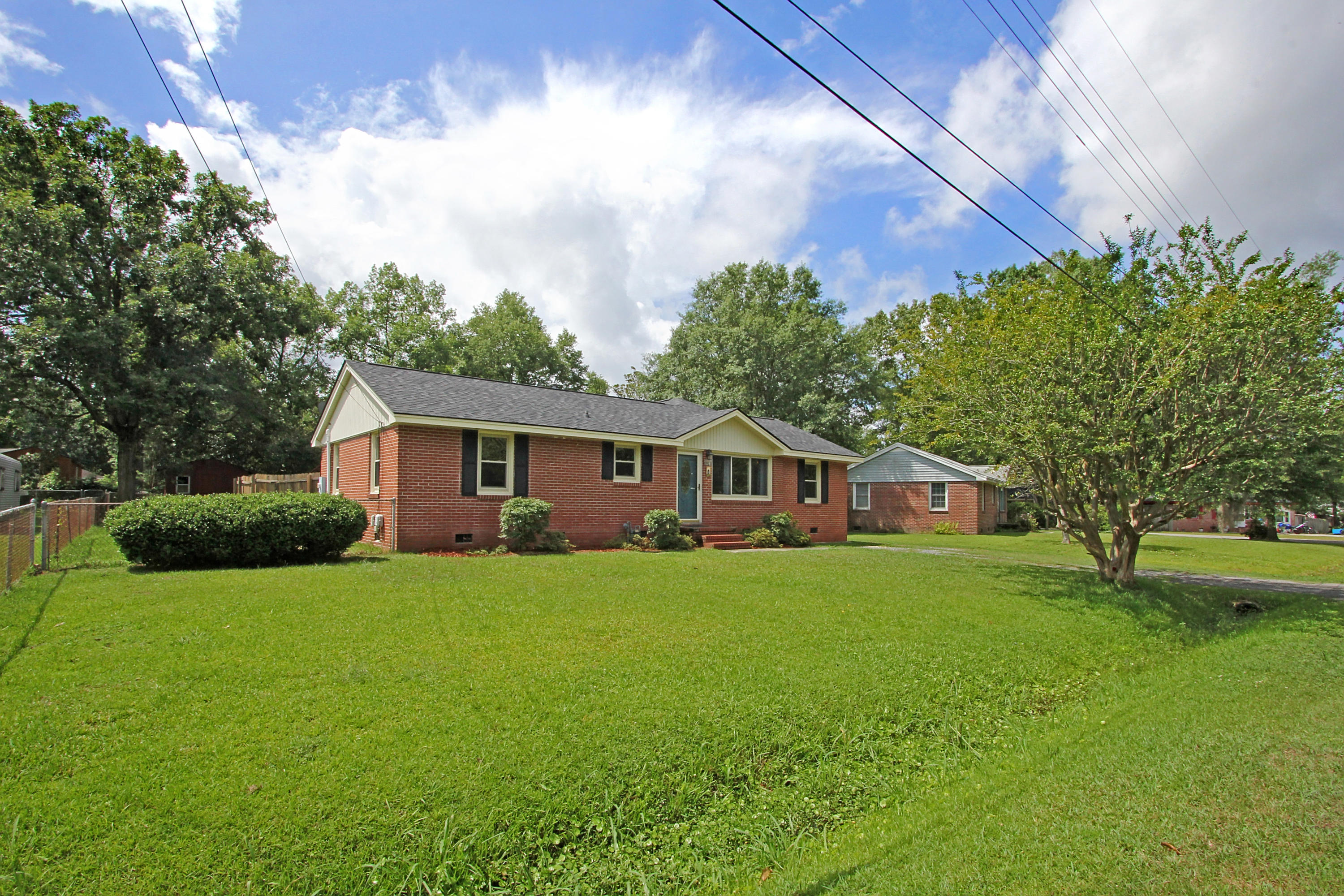 227 Laurel Avenue Goose Creek, SC 29445