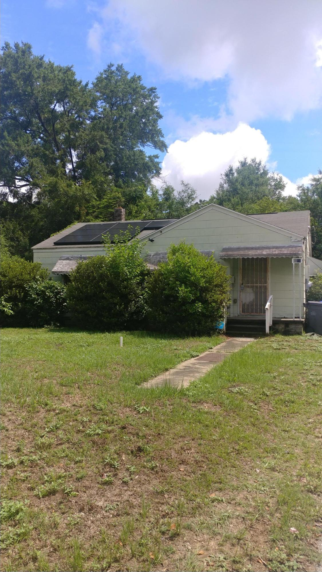 5086 Chateau Avenue North Charleston, SC 29405