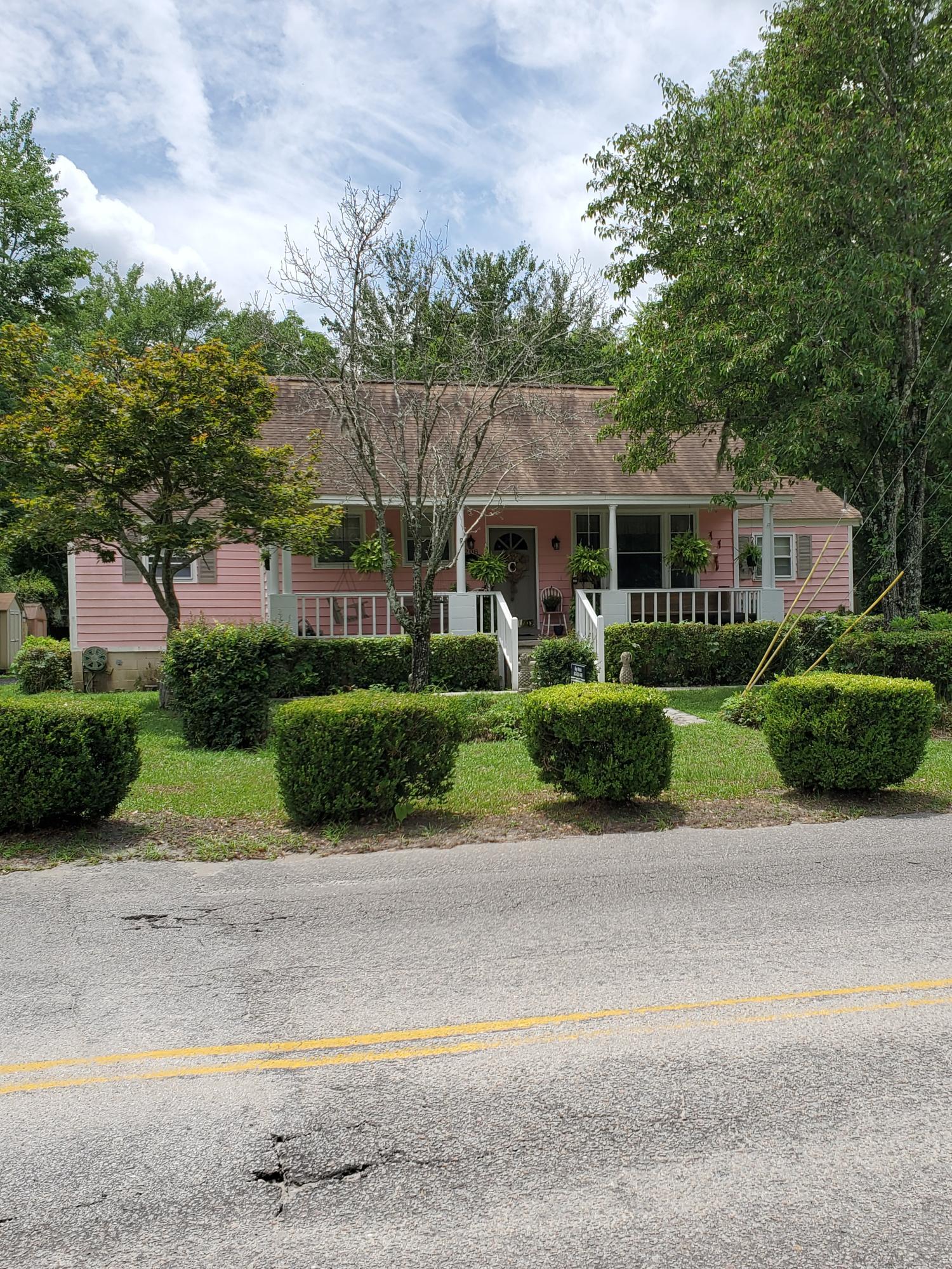 208 E 3RD North Street Summerville, SC 29483