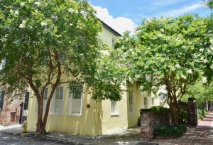 92 King Street, Charleston, SC 29401