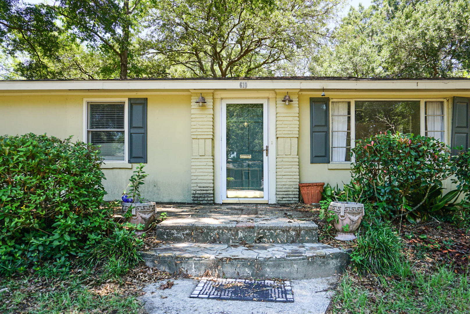 Old Mt Pleasant Homes For Sale - 610 King, Mount Pleasant, SC - 7