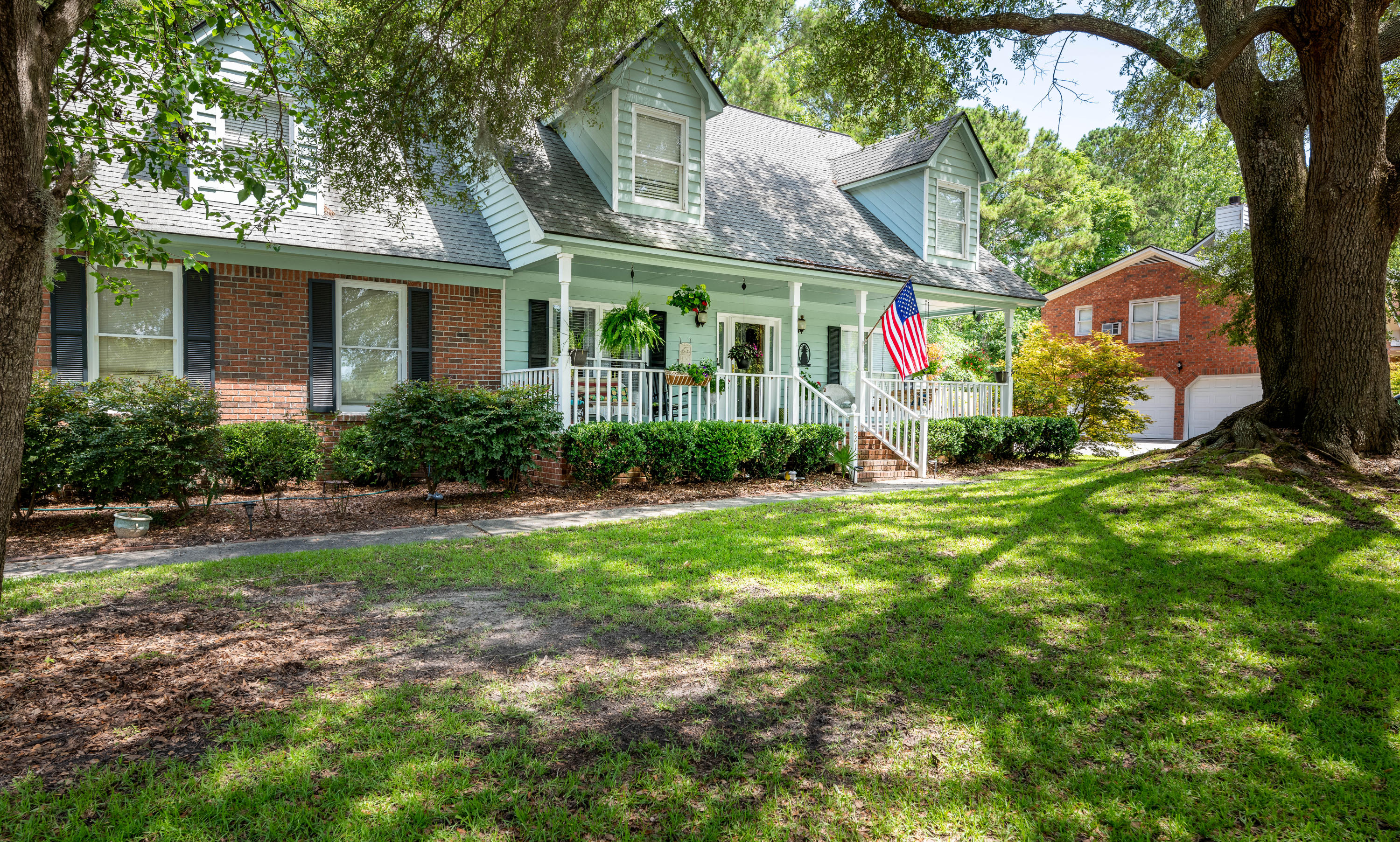 2215 Hunter Creek Drive Charleston, SC 29414