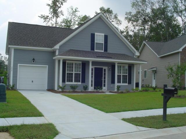 2424 Thoreau Street North Charleston, SC 29406