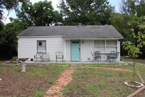 4 Vincent Drive, Mount Pleasant, SC 29464