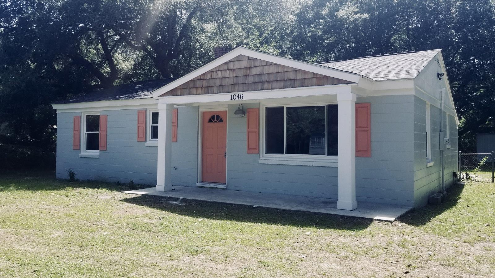 1046 Leonard Drive Johns Island, SC 29455