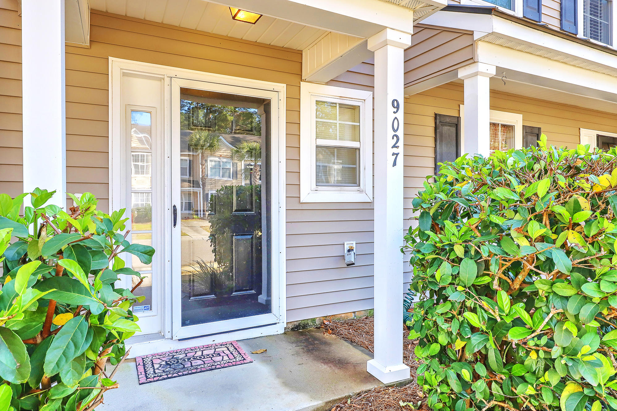 9027 Maple Grove Drive Summerville, SC 29485