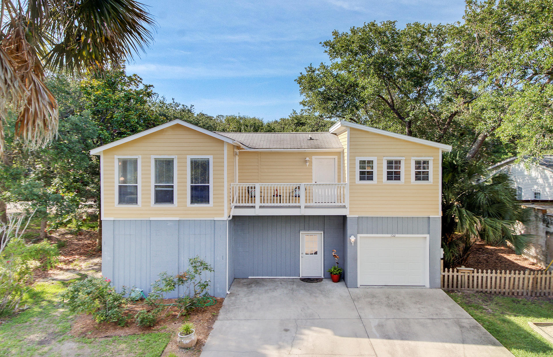 1016 E Ashley Avenue Folly Beach, Sc 29439