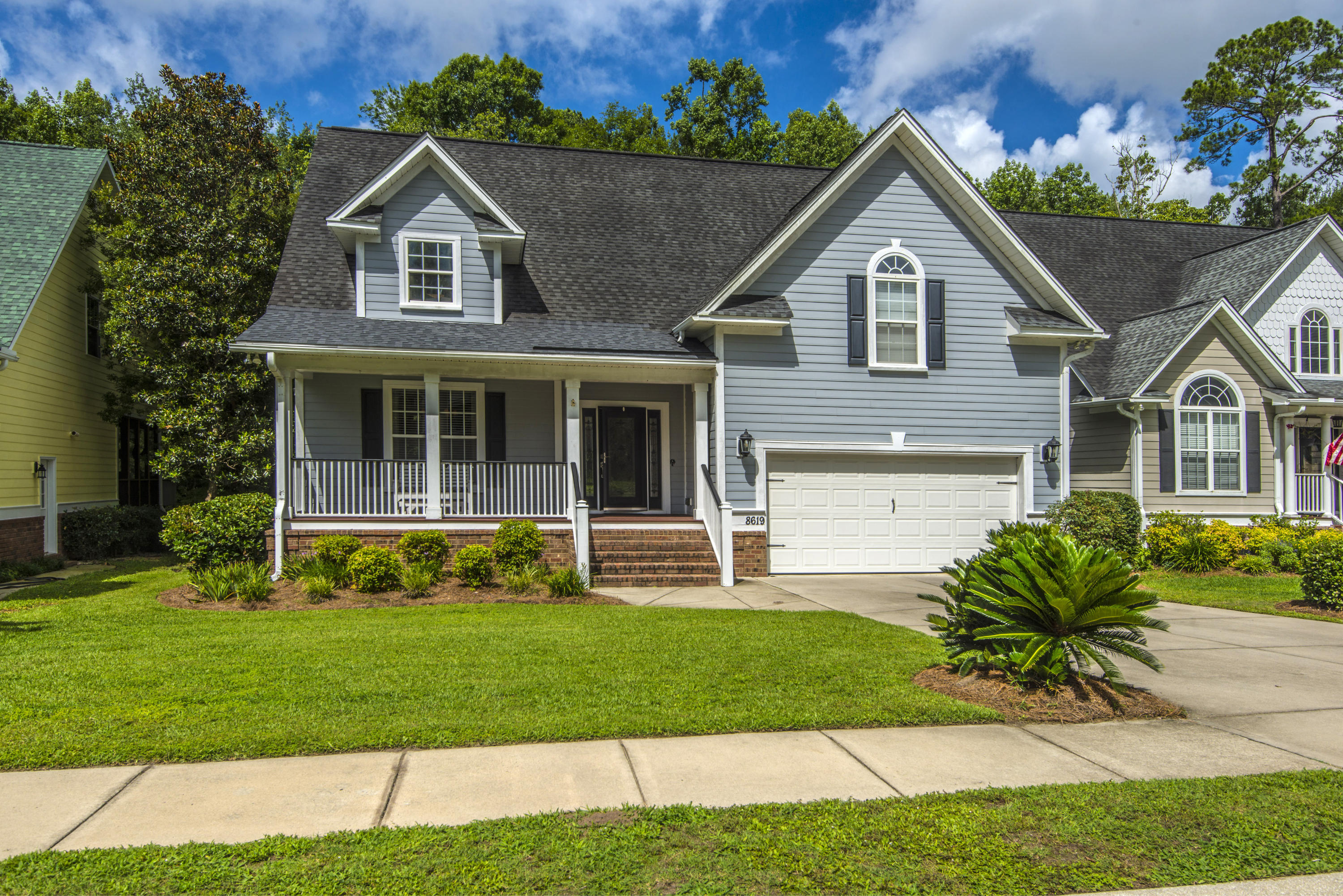 8619 Woodland Walk North Charleston, SC 29420