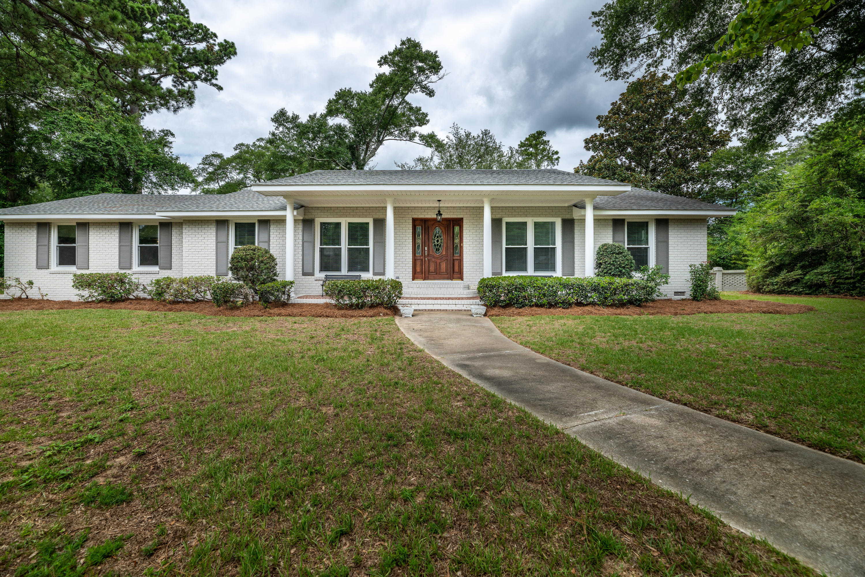 686 Edmonds Drive Charleston, Sc 29412