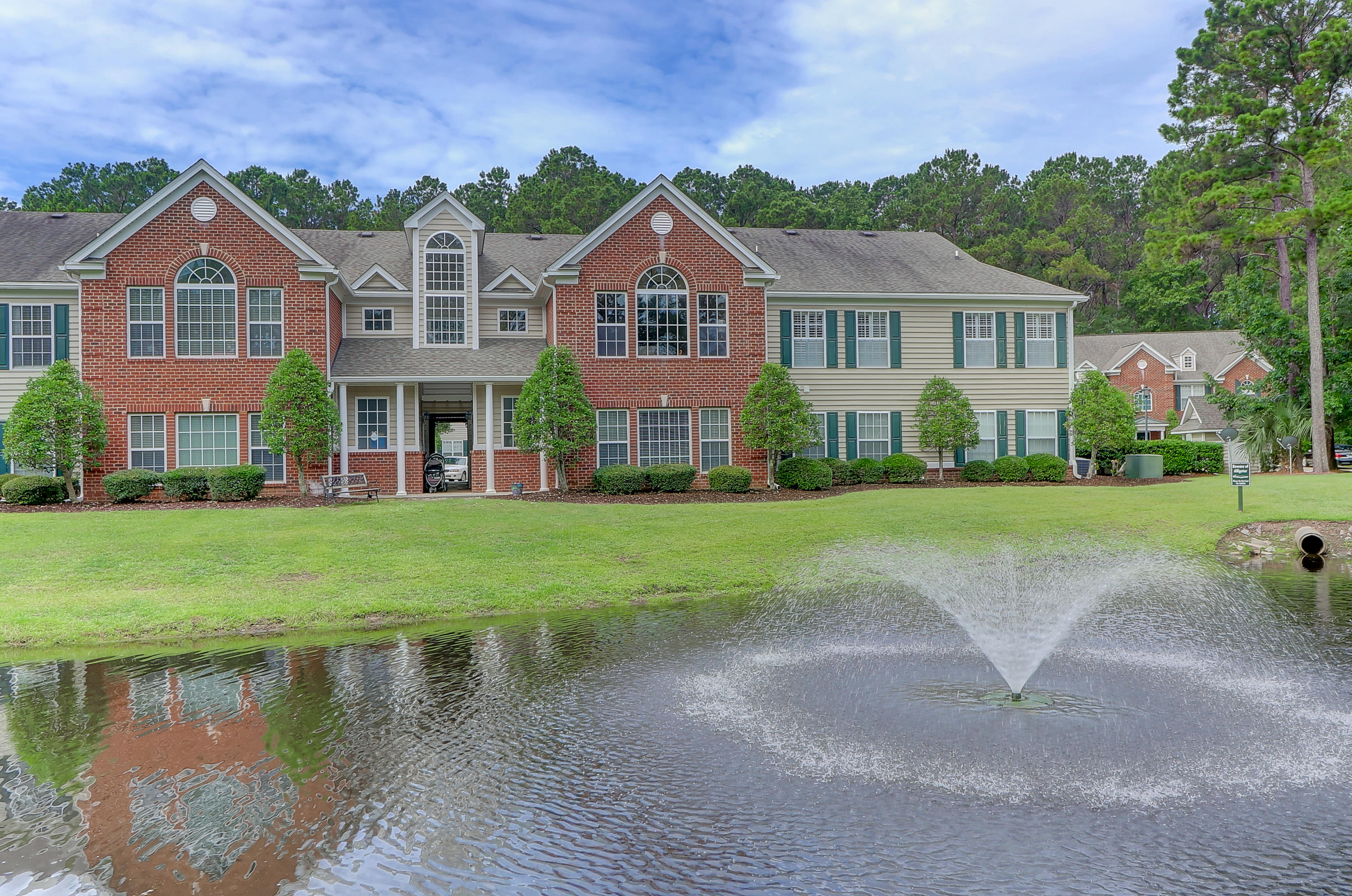 1727 Wyngate Circle Mount Pleasant, SC 29466