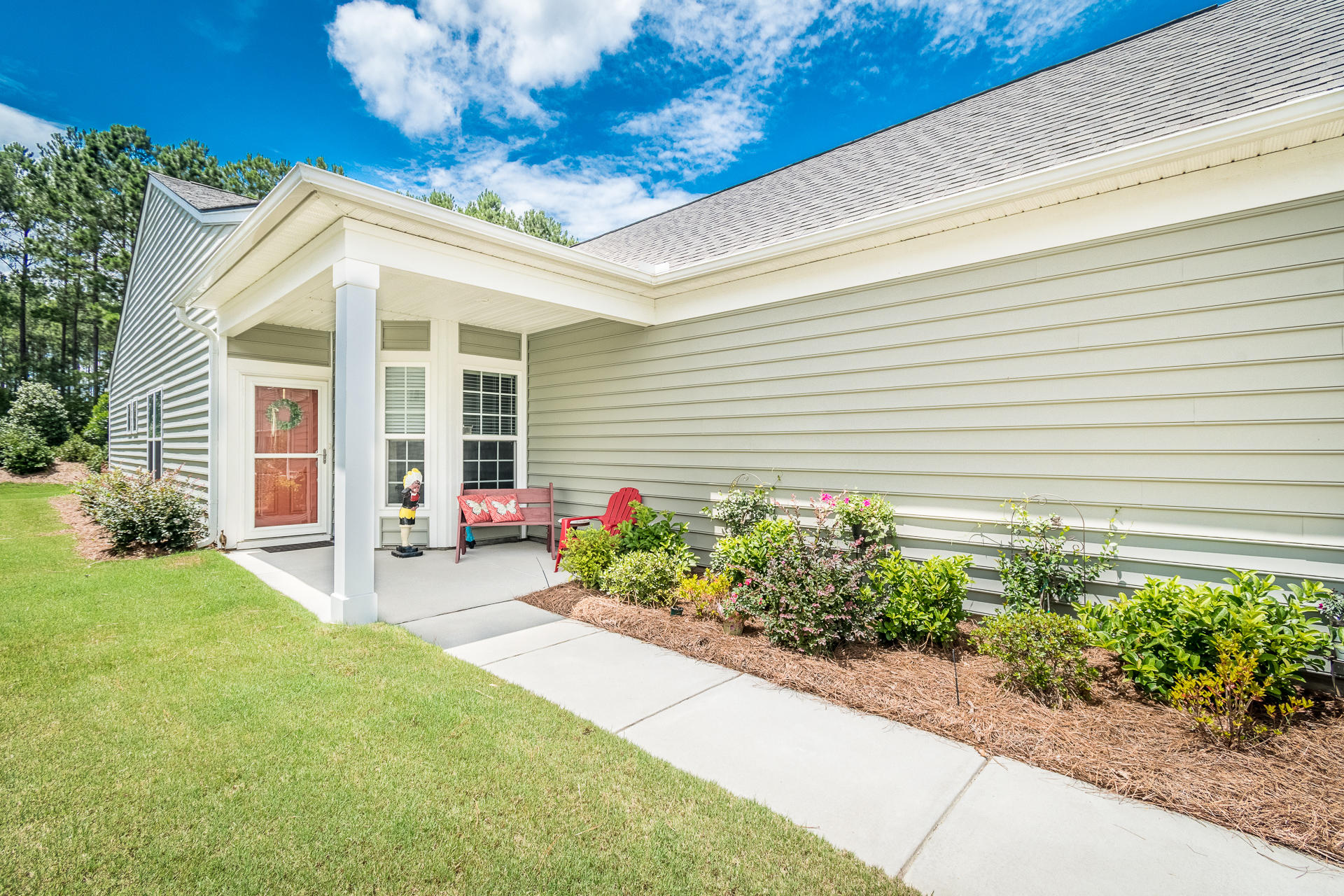 513 Eastern Isle Avenue Summerville, SC 29486