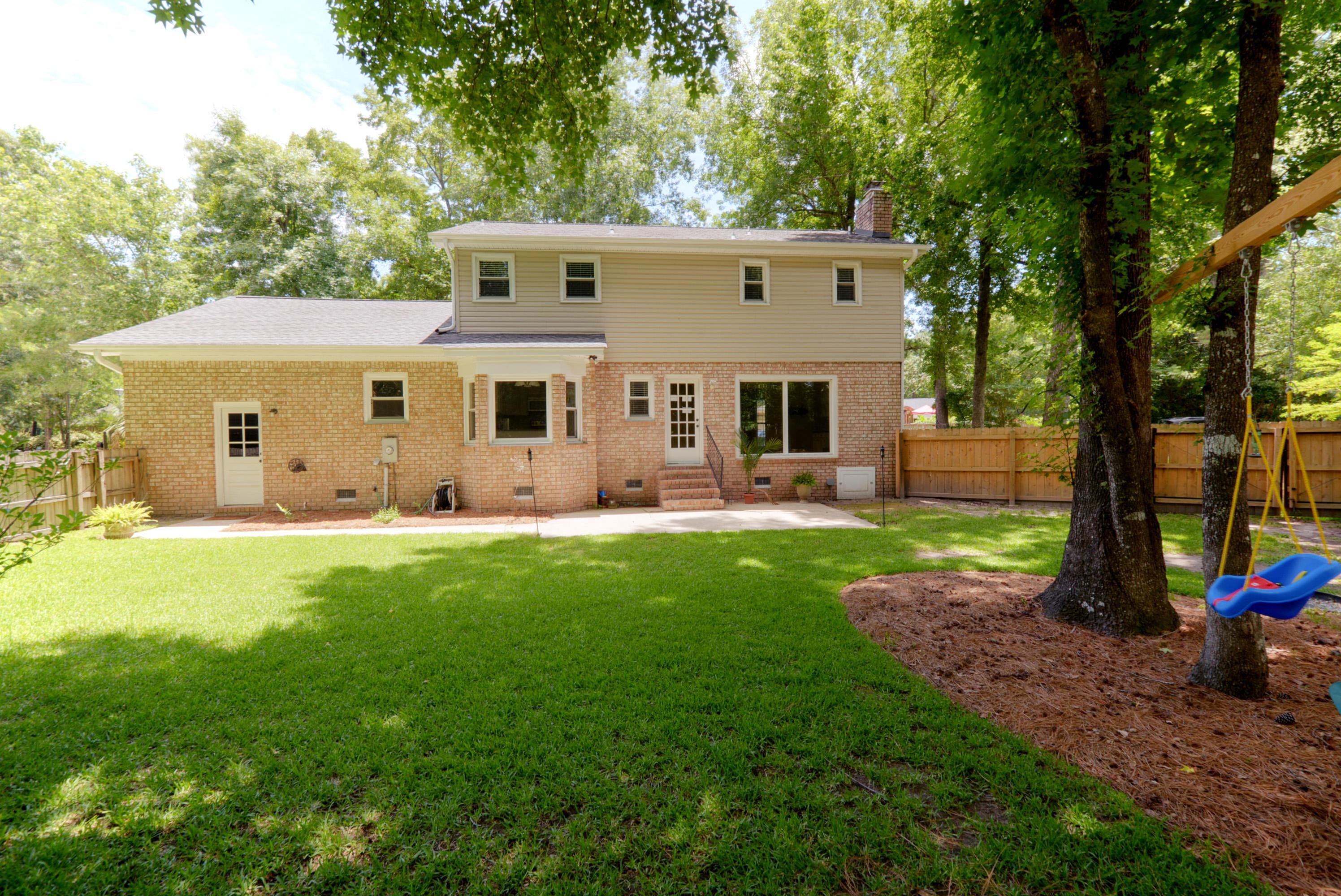 Snee Farm Homes For Sale - 1048 Royalist Rd, Mount Pleasant, SC - 29