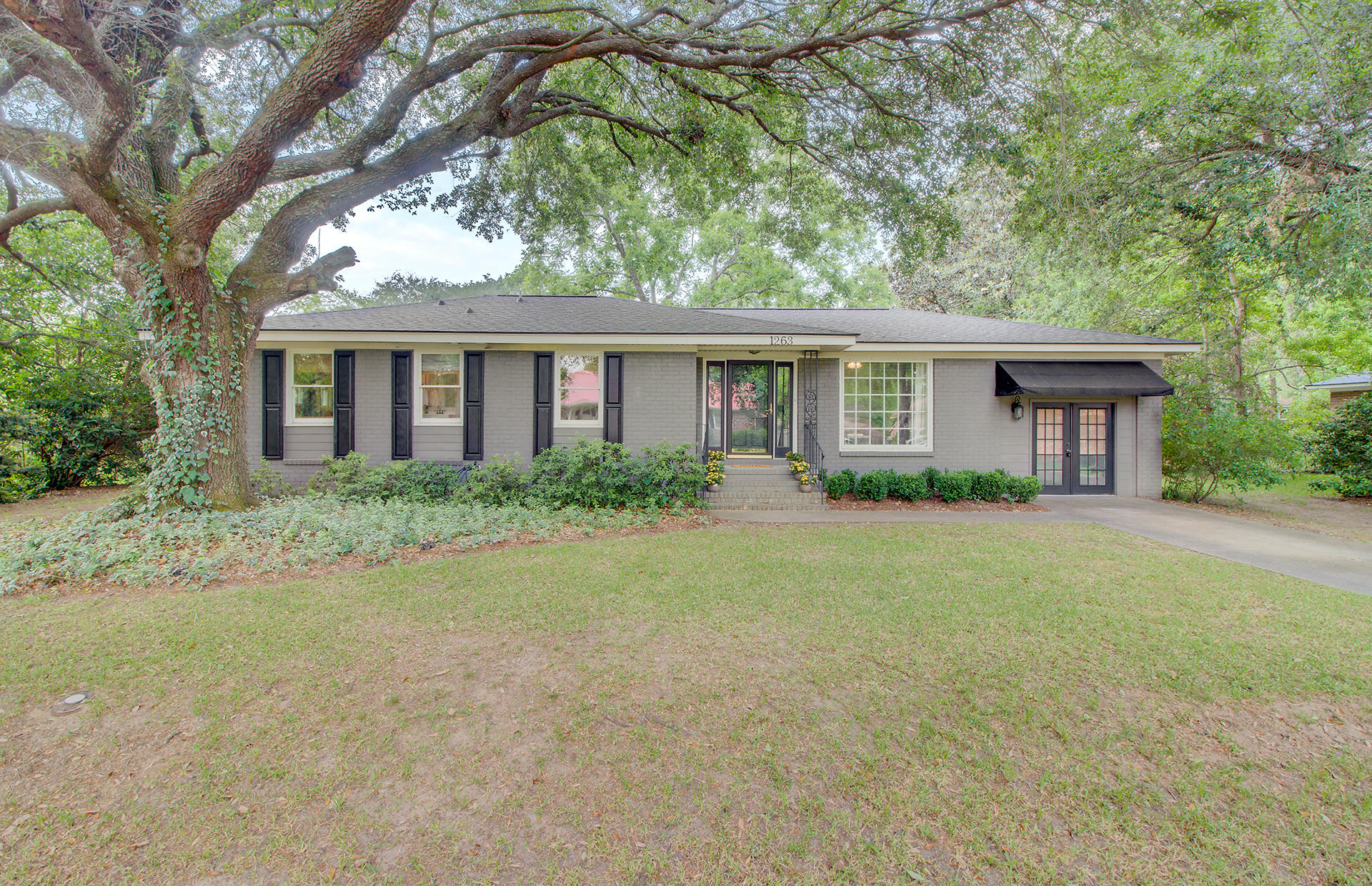 1263 Valley Forge Drive Charleston, SC 29412