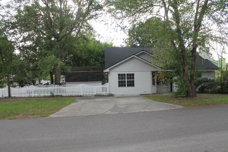 102 Tennyson Way Summerville, SC 29483