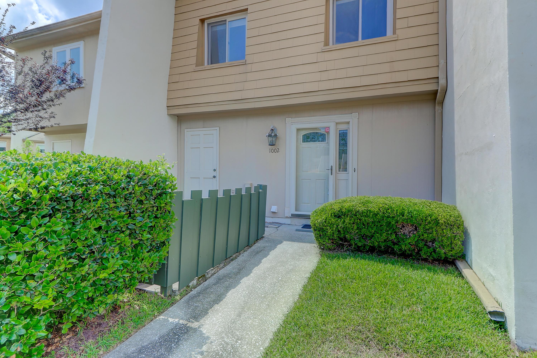Snee Farm Homes For Sale - 1002 Ventura, Mount Pleasant, SC - 12