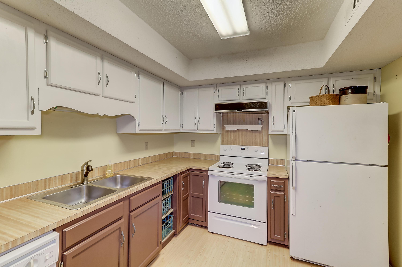 Snee Farm Homes For Sale - 1002 Ventura, Mount Pleasant, SC - 15