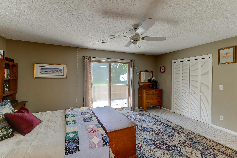 Snee Farm Homes For Sale - 1002 Ventura, Mount Pleasant, SC - 32