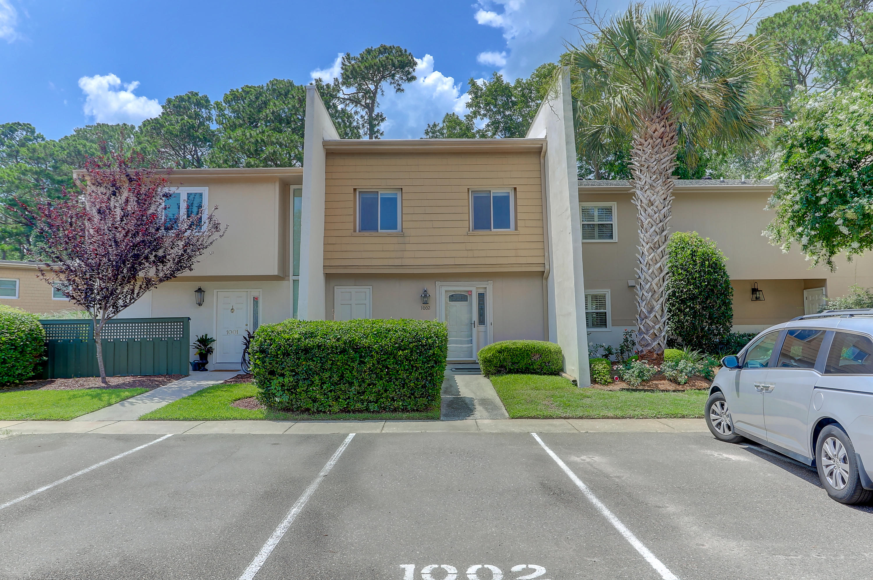 1002 Ventura Place Mount Pleasant, SC 29464
