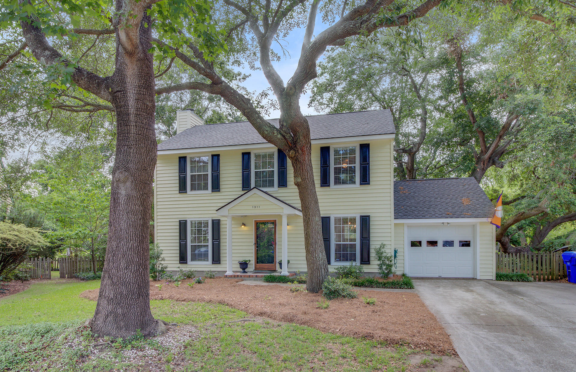 1311 Shire Road Mount Pleasant, SC 29464