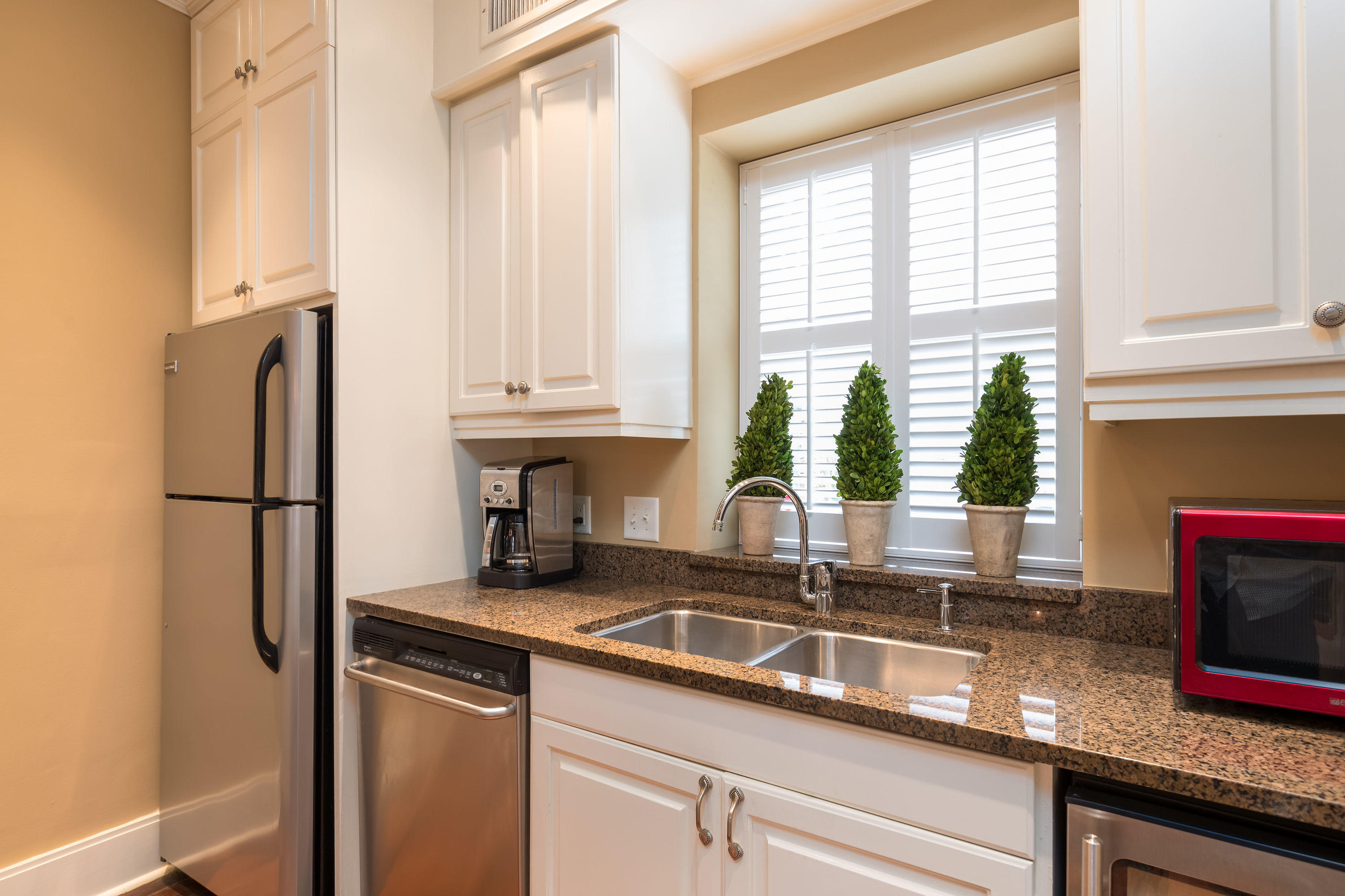 South of Broad Homes For Sale - 84 Church, Charleston, SC - 16