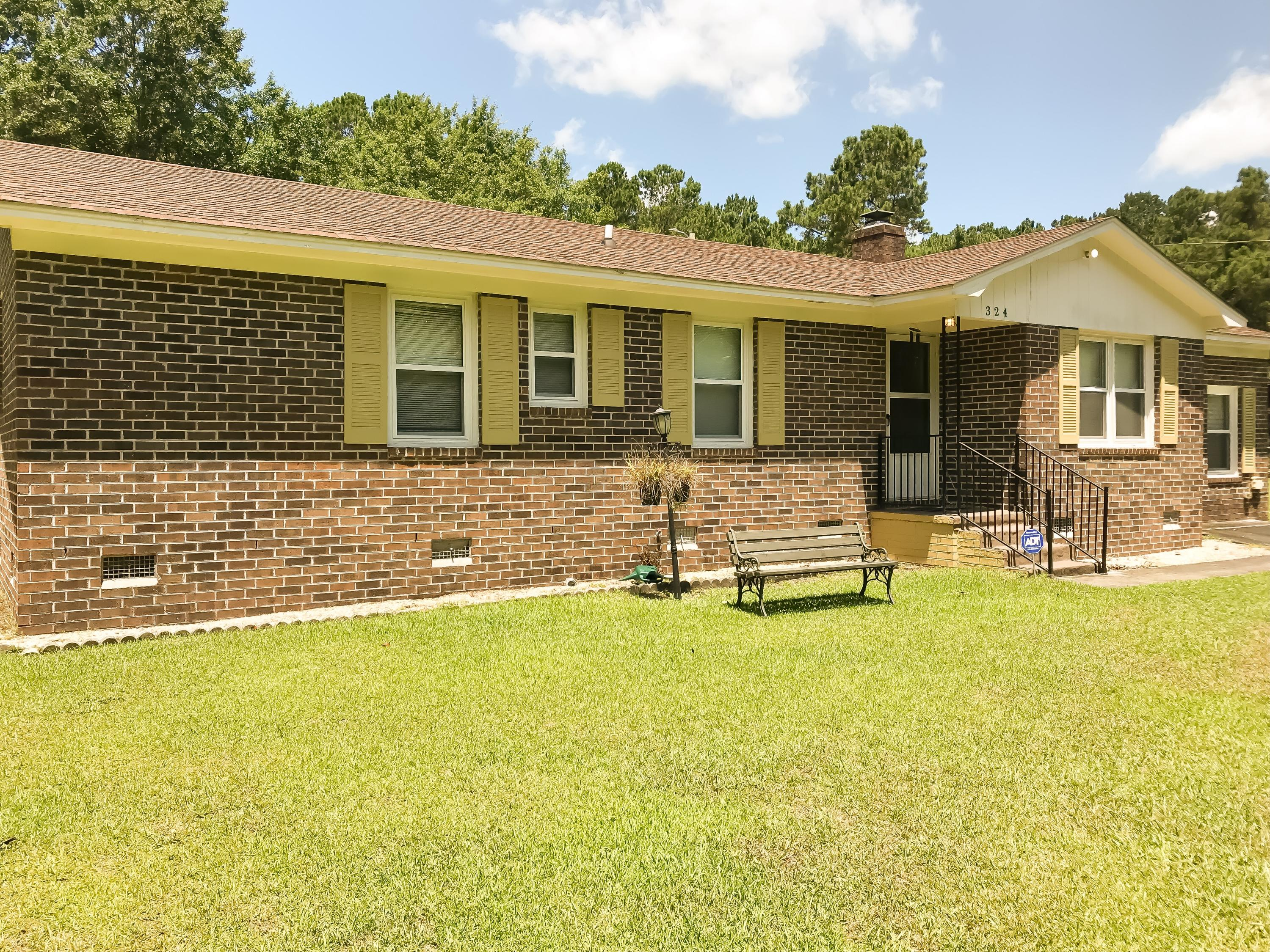 324 W West End Drive Moncks Corner, SC 29461
