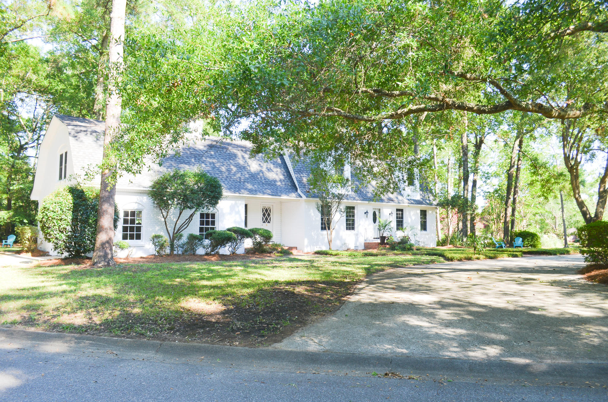 982 Scotland Drive Mount Pleasant, SC 29464