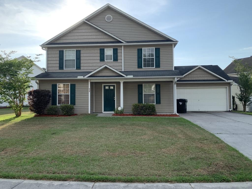 305 Aberdeen Circle Summerville, SC 29483