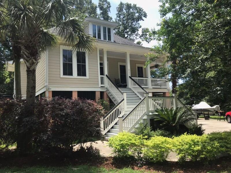2904 Old Tavern Court Mount Pleasant, SC 29466