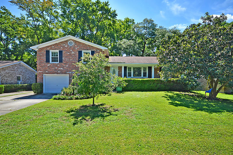 8 Heathwood Drive Charleston, SC 29407