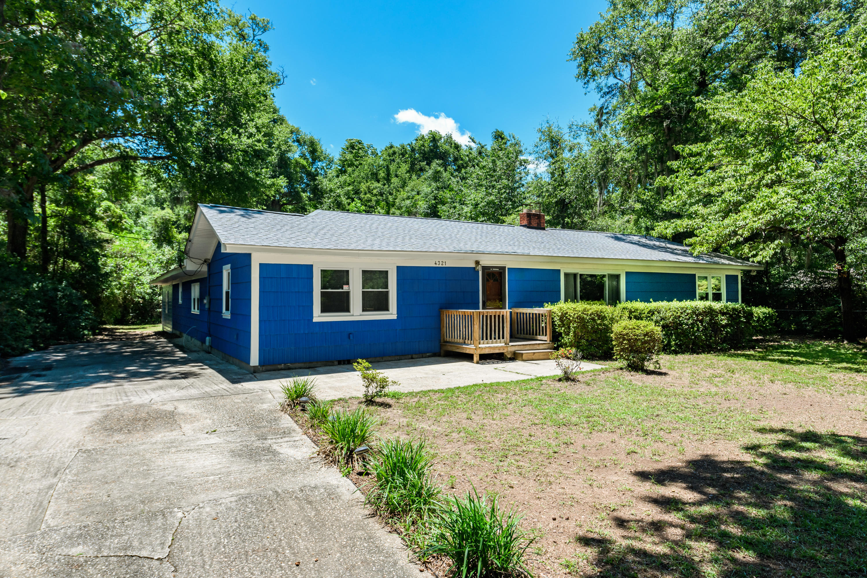 4321 Withers Drive North Charleston, SC 29405