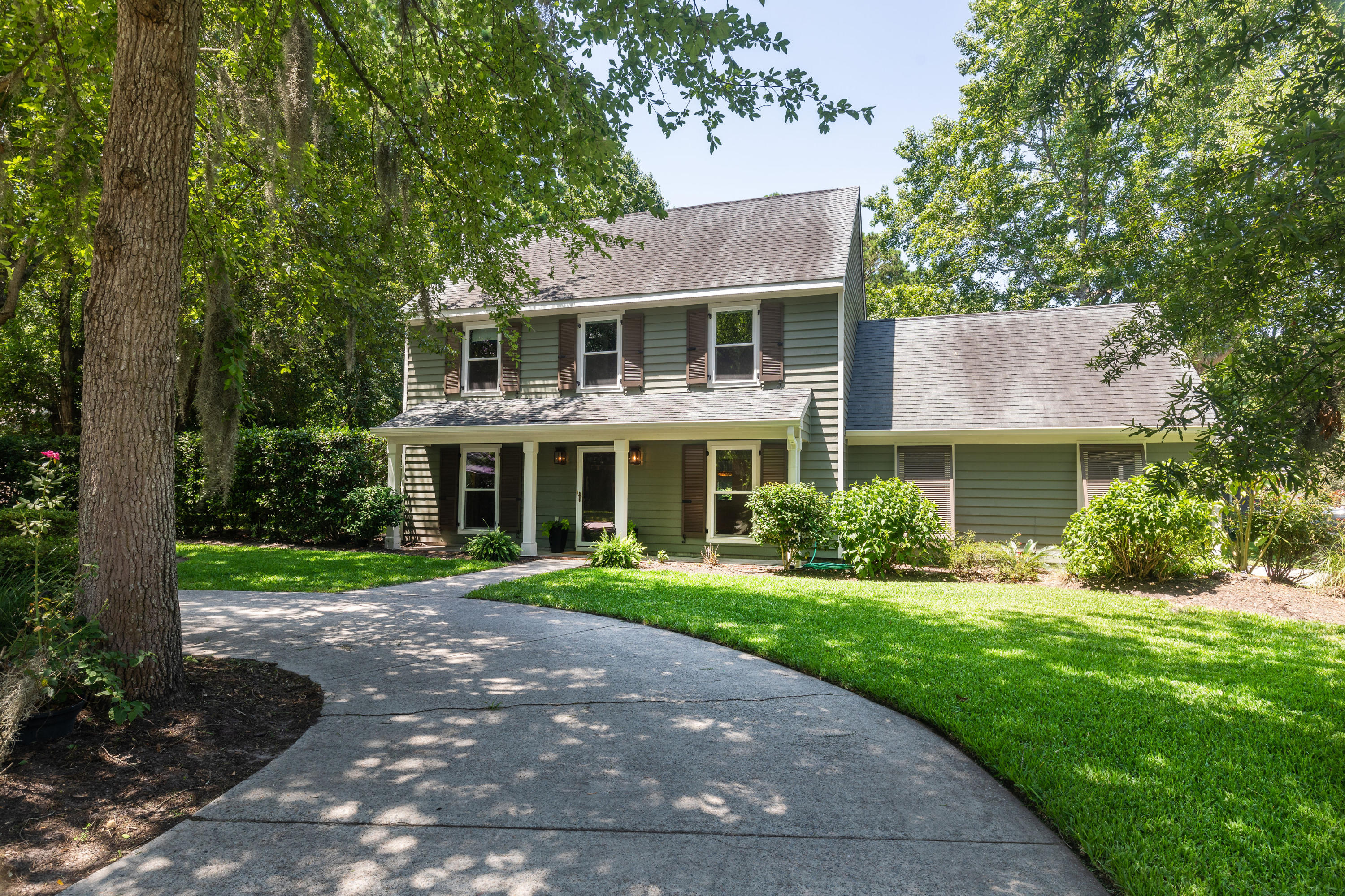453 Mount Royall Drive Mount Pleasant, SC 29464