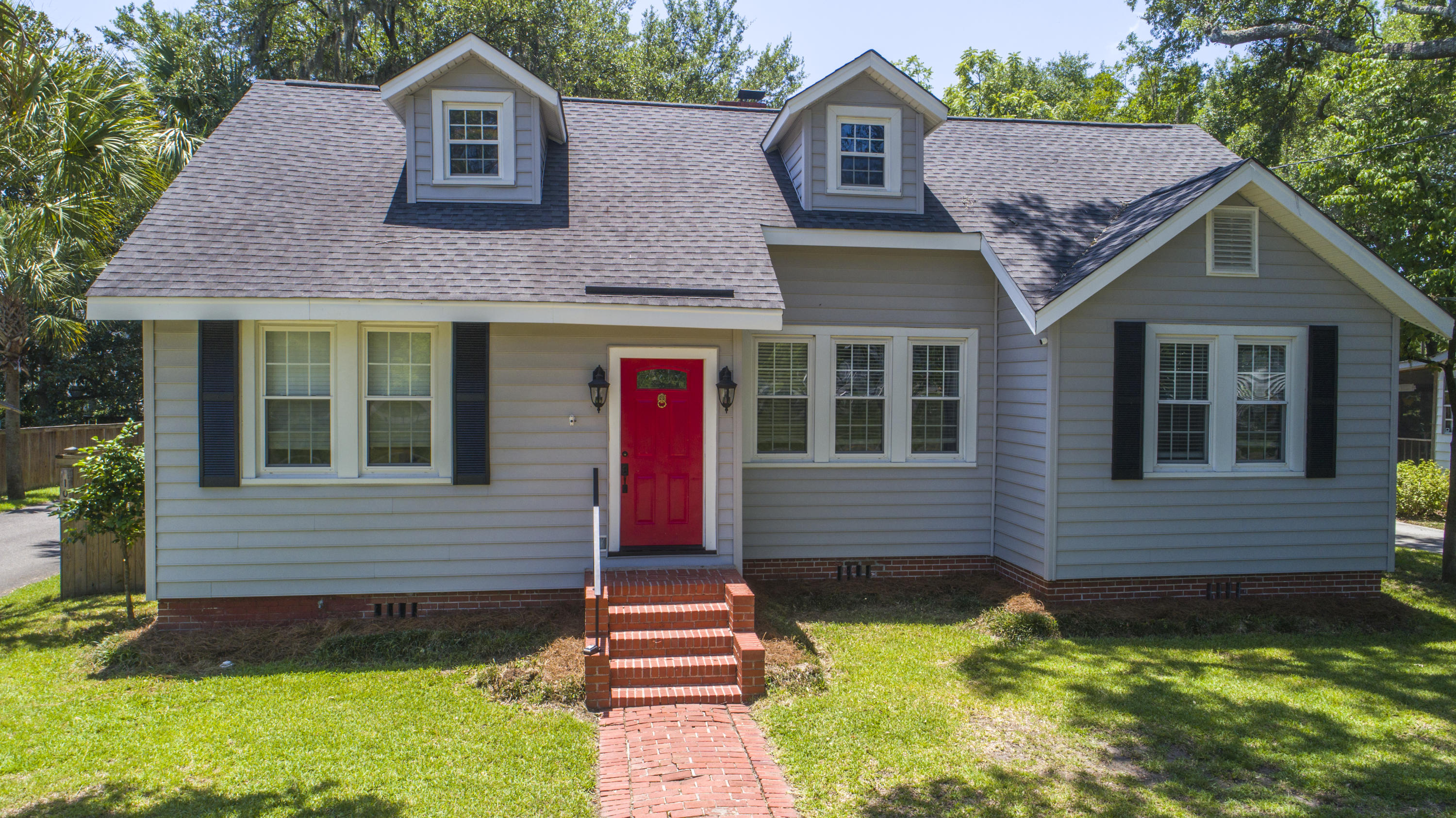 1075 Buist Avenue North Charleston, SC 29405