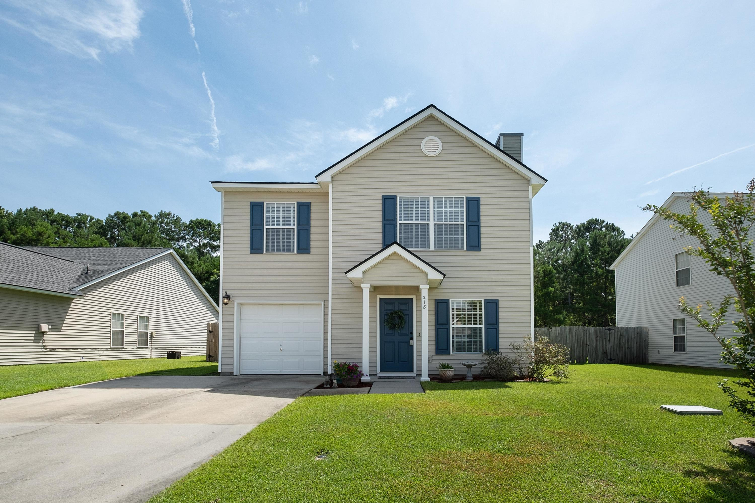 218 Dovetail Circle Summerville, SC 29483