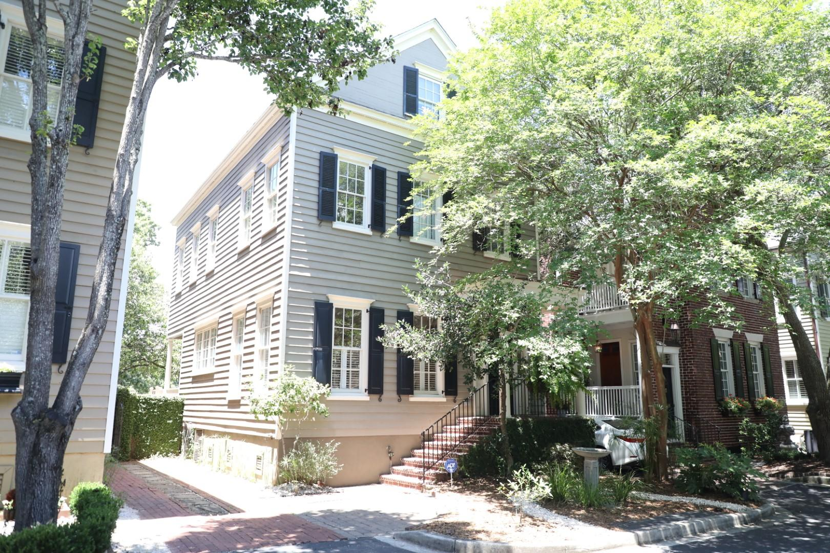 9 Wraggborough Lane Charleston, SC 29403