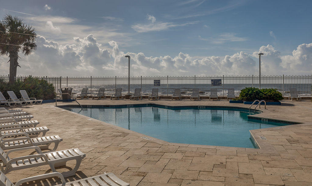 Charleston Oceanfront Villas Homes For Sale - 201 Arctic, Folly Beach, SC - 10