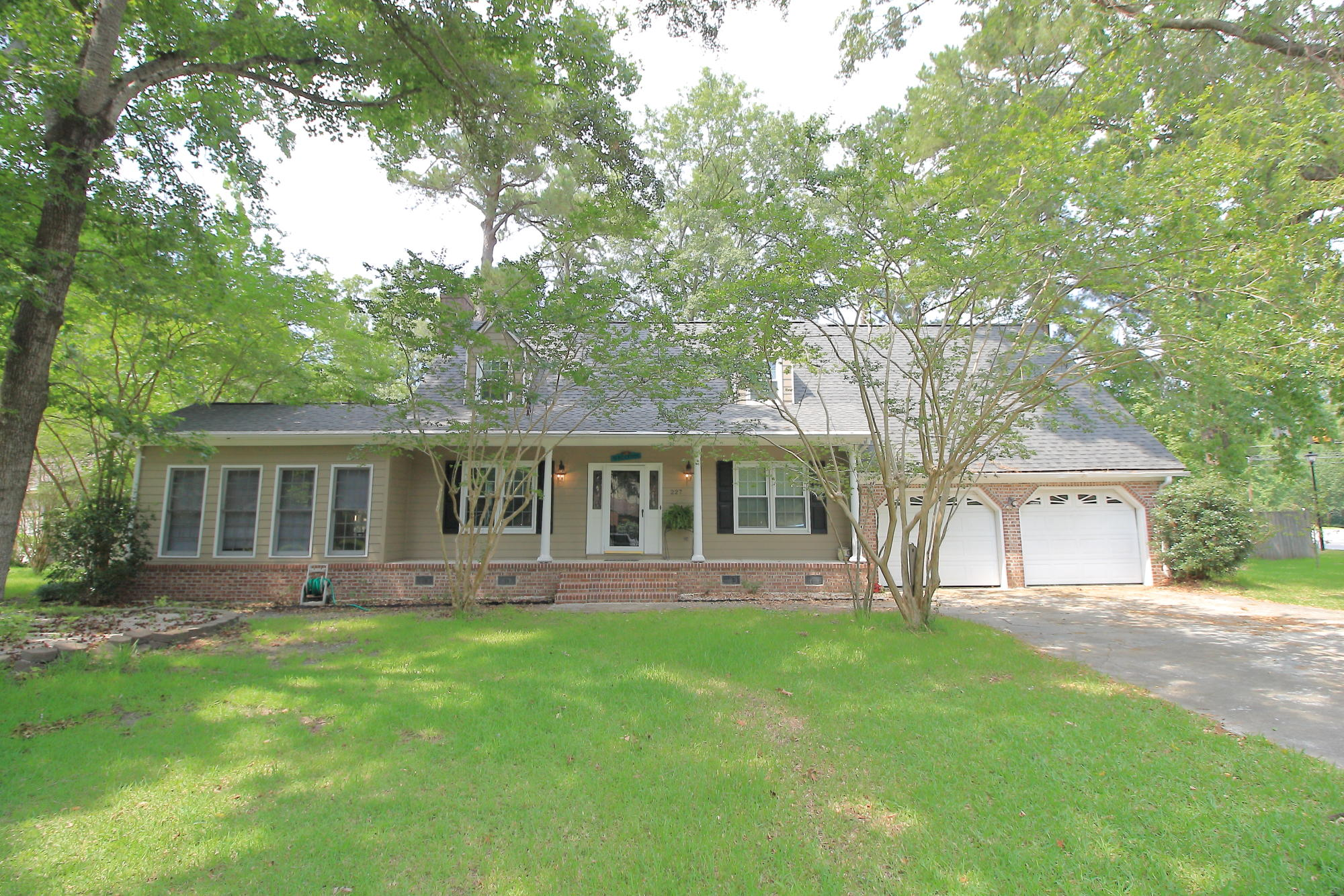 227 Fort Street Summerville, SC 29485
