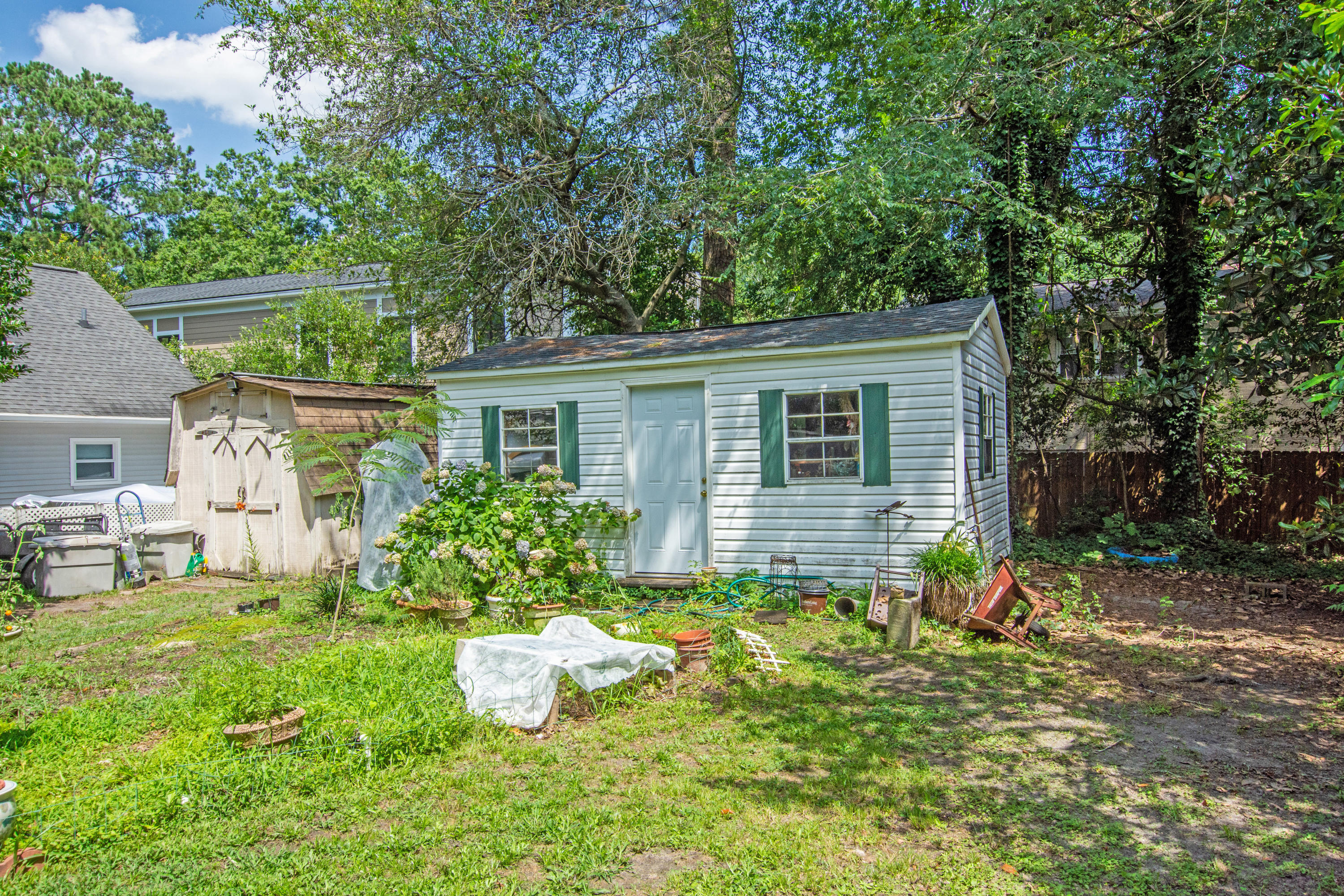 301 E Richardson Avenue Summerville, SC 29483
