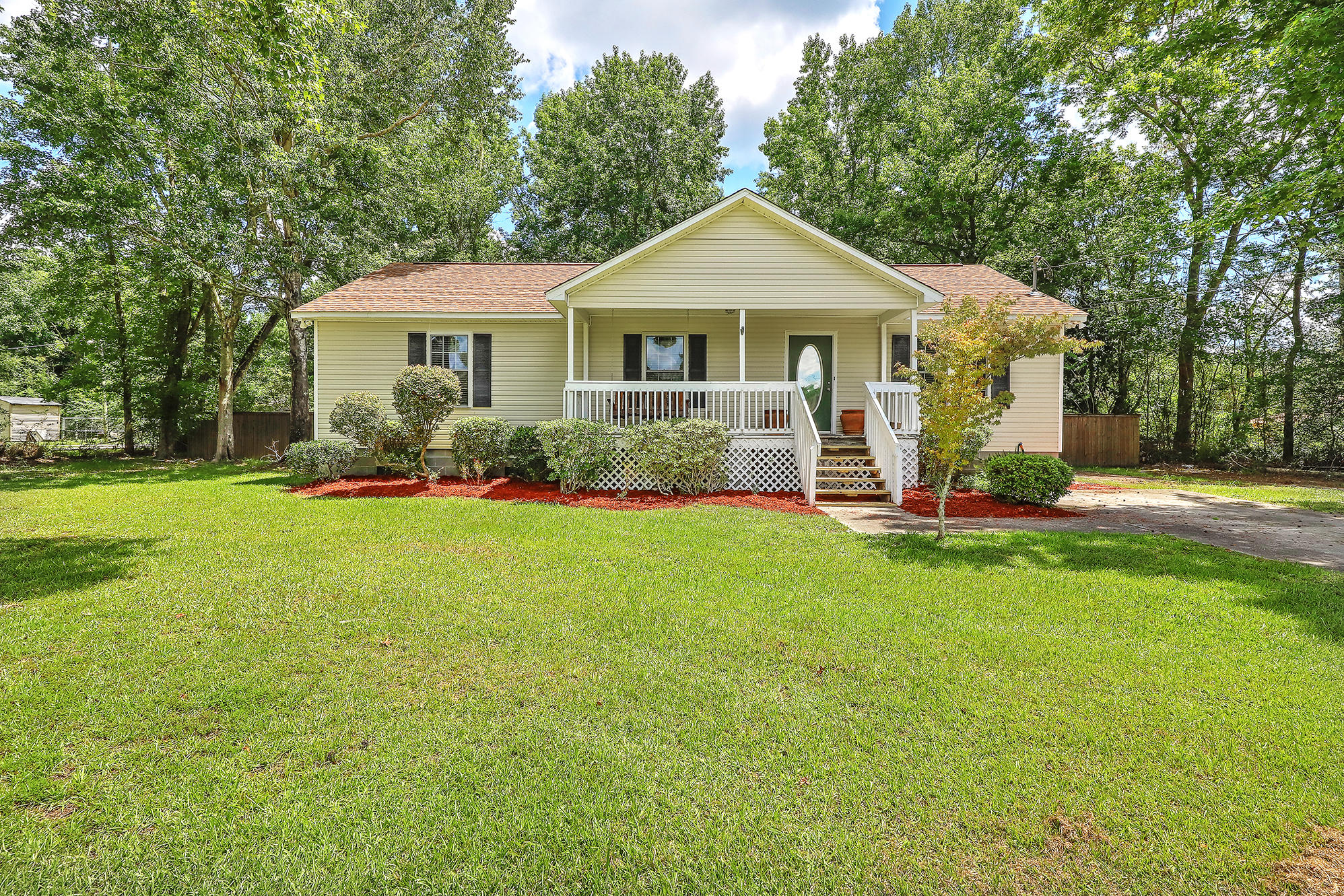 5060 Raven Road Hollywood, SC 29449