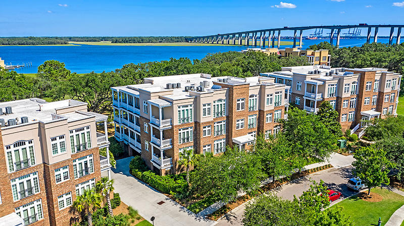 124 Fairbanks Oak Alley UNIT 4a Charleston, SC 29492