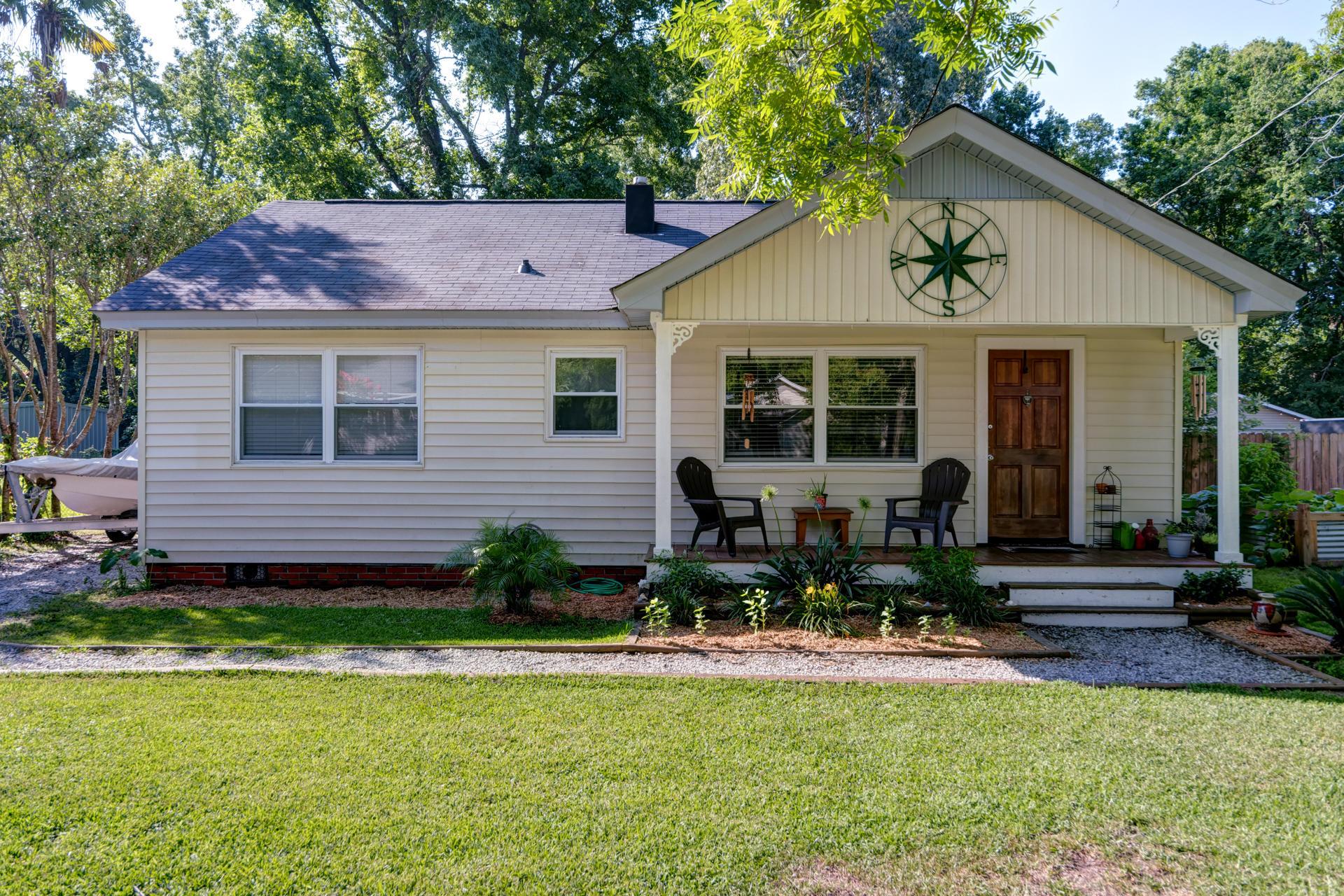 1657 Pierpont Avenue Charleston, SC 29414