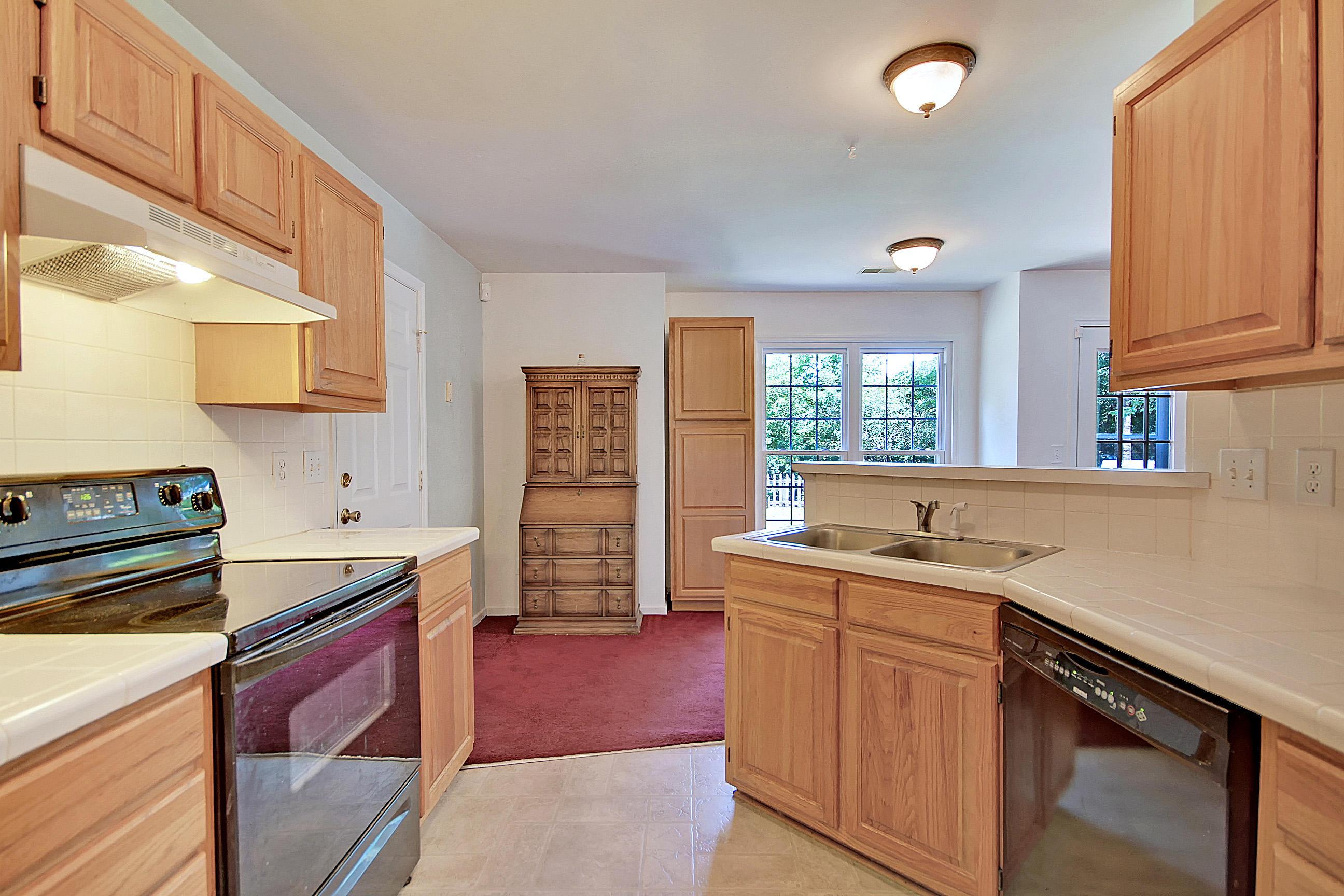 Center Lake Homes For Sale - 1252 Center Lake, Mount Pleasant, SC - 9