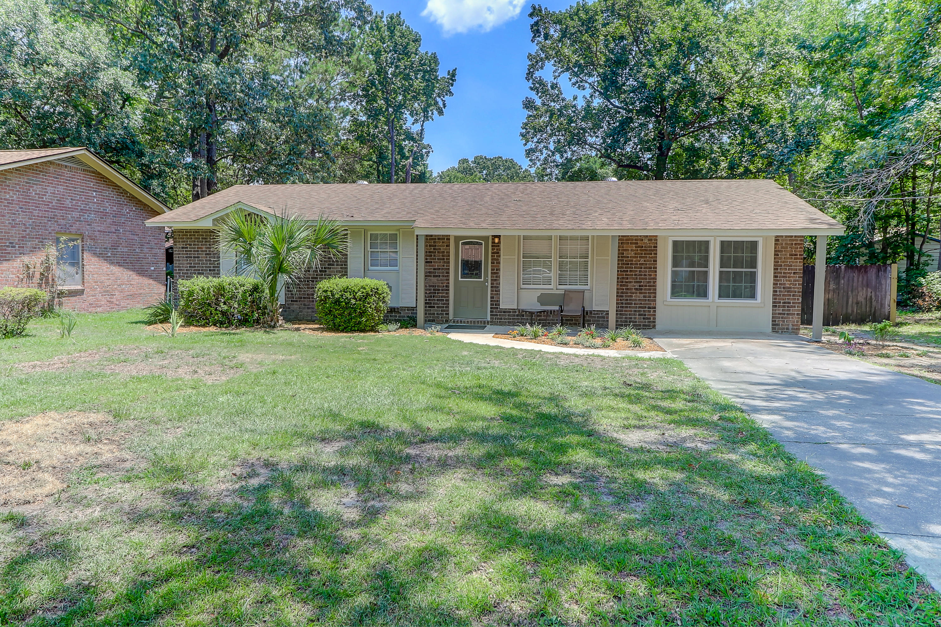 732 Hitching Post Road Charleston, SC 29414