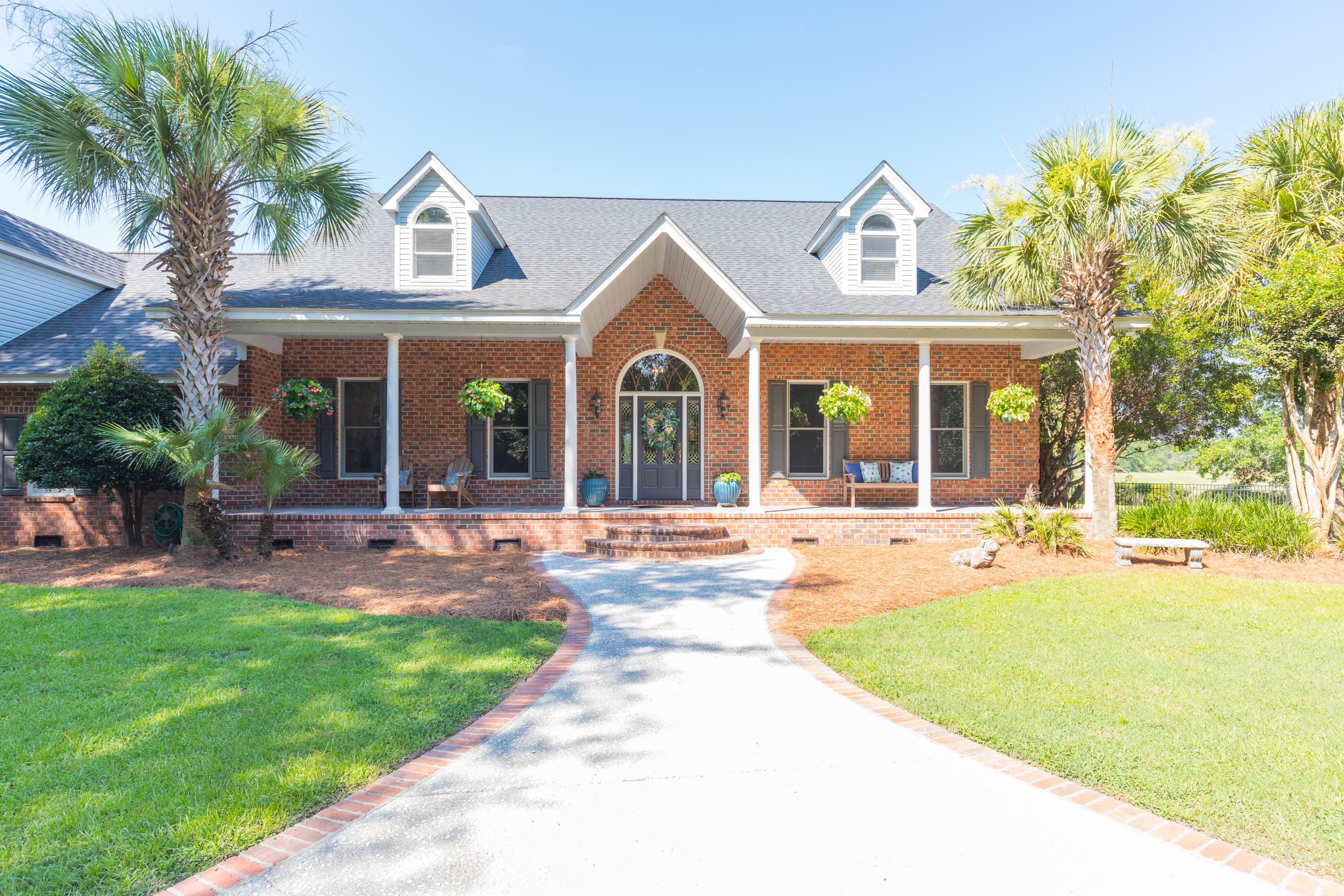 5038 Stono Plantation Drive Hollywood, SC 29449